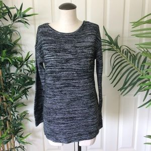 Ellen Tracy Med Black White Marled Sweater Tunic